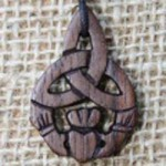 Claddagh Knot wood pendant