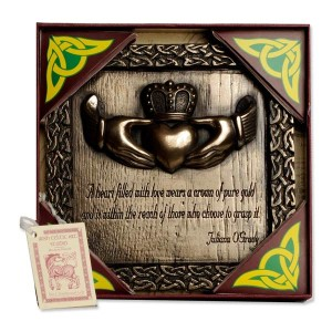 Claddagh Heart Crown