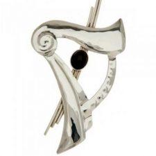 Irish harp brooch with oynx stone, handmade in Ireland