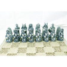 Formor chess set dark pieces